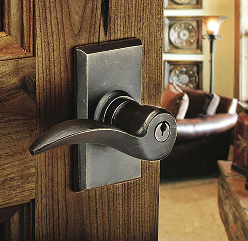 "<p><a href=""product-detail.php?id=349"">Durango Key in Lever</a><br />Shown on a #3 Rosette</p>"