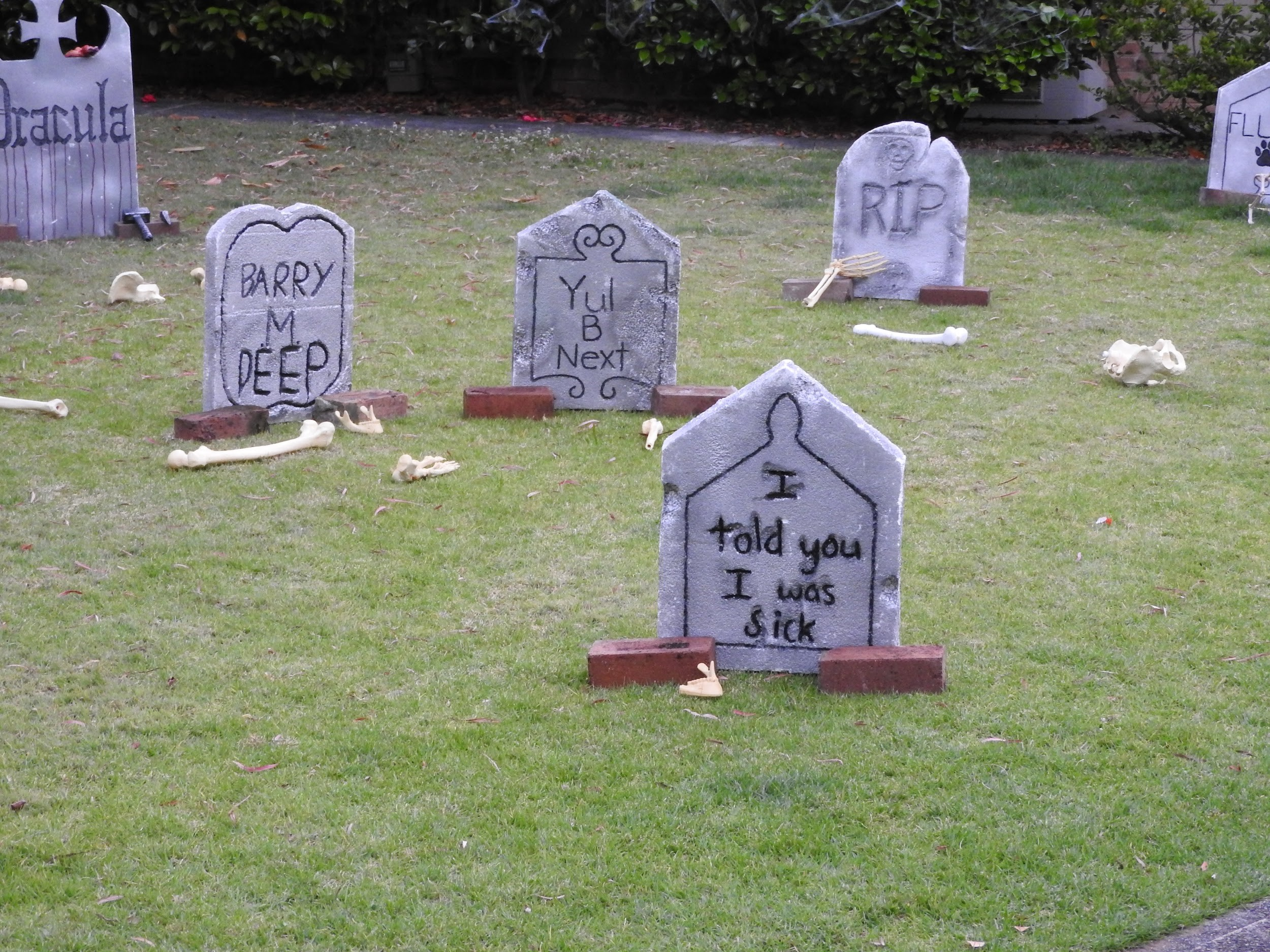 Halloween Decor Ideas For Your Front Yard Emtek Products Inc