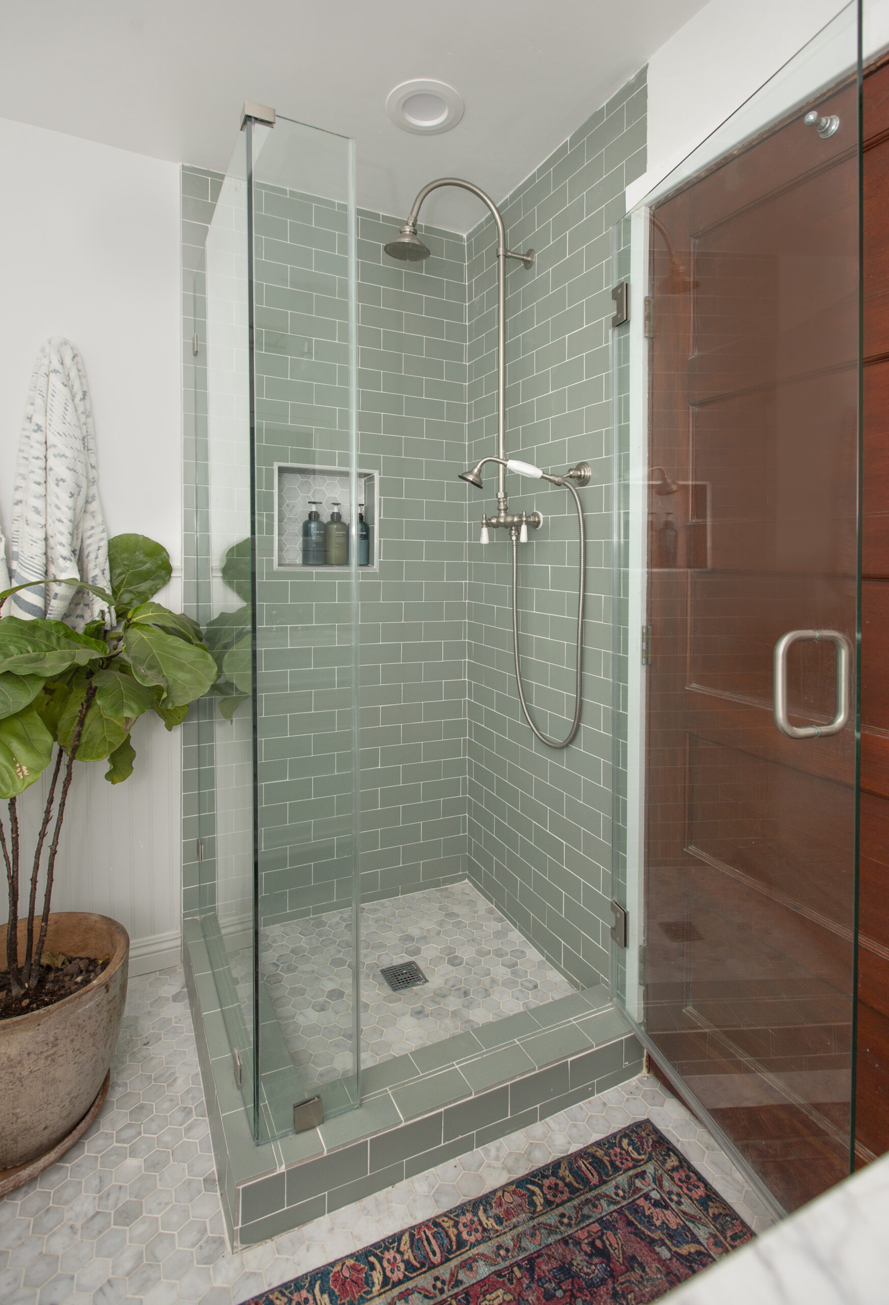 Transitional green bathroom