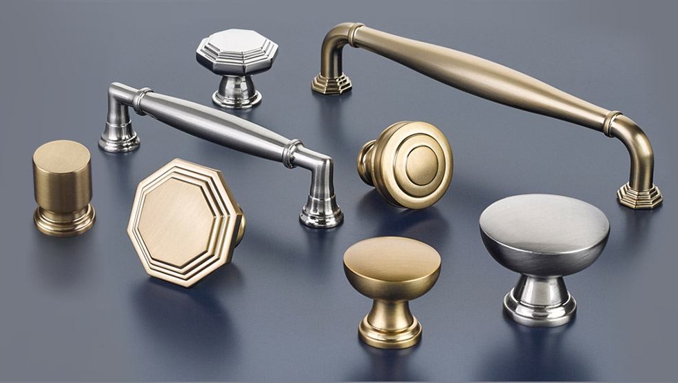 Lovely Transitional Heritage Cabinet Hardware Collection